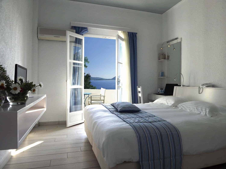 Aegialis-Hotel-Superior-Room1
